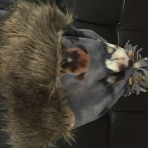 Real tree women's winter hat